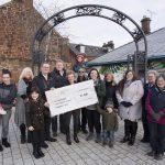 Sustrans Scotland handing over SEED grant to DG1 Neighbours. Credit Allan Devlin