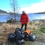 Beach clean along the shores of the Holy Loch Sandbank